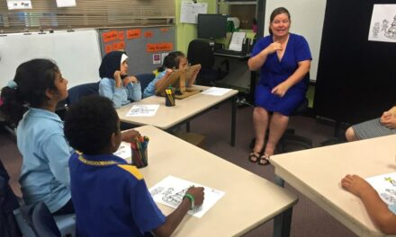 Auslan national curriculum for Australian schools hailed as 'huge step' for deaf community