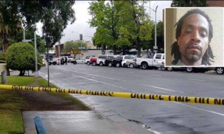 US gunman kills three 'in race attack'
