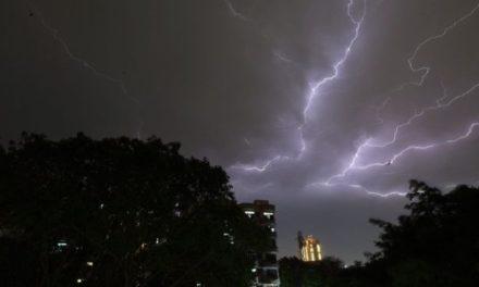 India thunderstorms and lightning strikes kill 50
