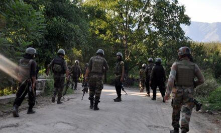 Policeman shot dead by terrorists in Kashmir (Ld)