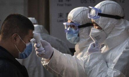 Hebei: China locks down 400,000 people after virus spike near Beijing