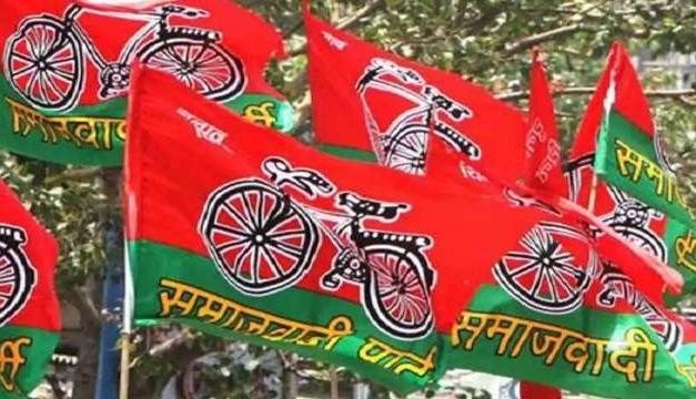 Veteran Samajwadi Party leader Mulayam Singh Yadav dies aged 92