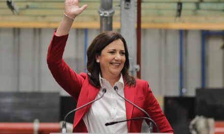 Premier Annastacia Palaszczuk claims victory in Queensland state election