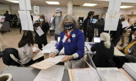 Official admits to shocking inefficiency in US election
