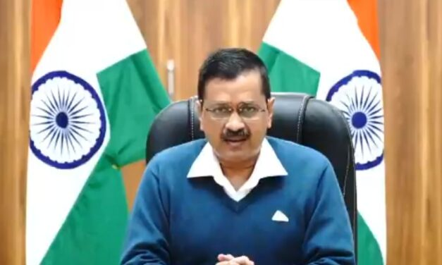 We want to save people's live, not vaccines: Kejriwal to Khattar