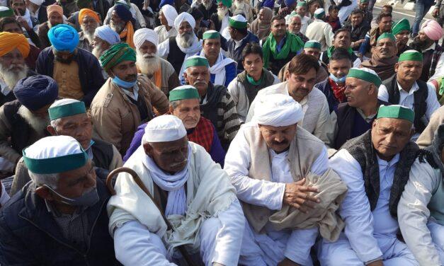 BJP govt insensitive towards farmers: Akhilesh Yadav