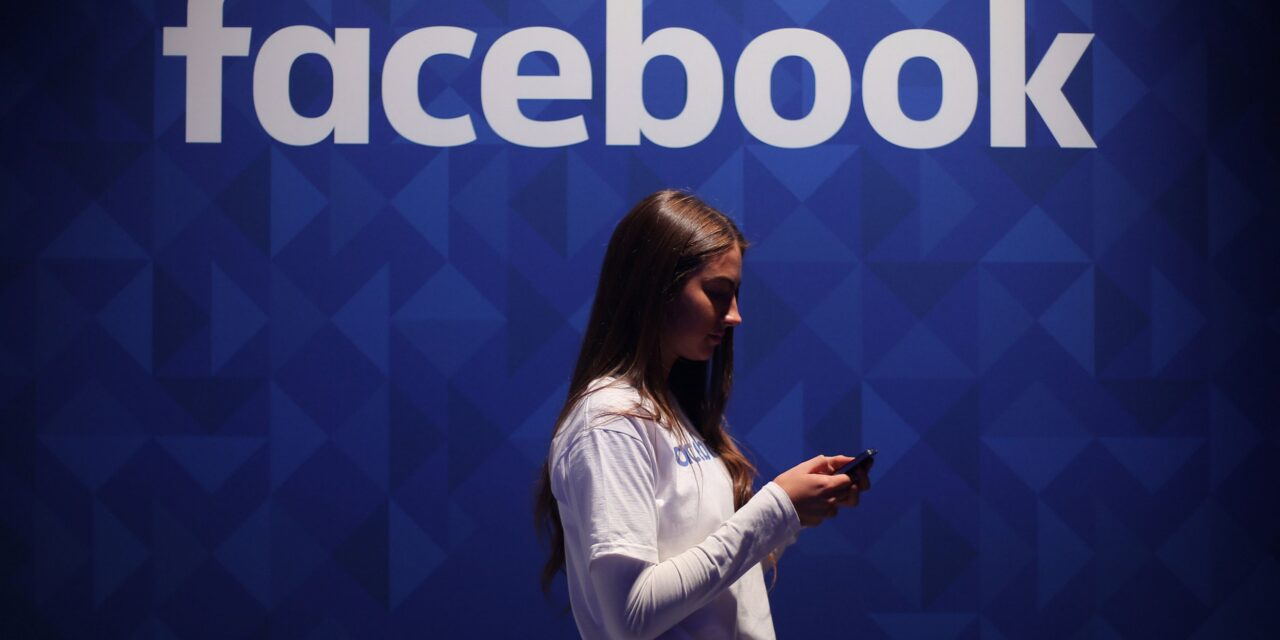Facebook blocks Australian users, publishers from sharing news