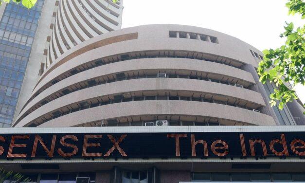 Sensex up 400 points; banking, finance stocks rise