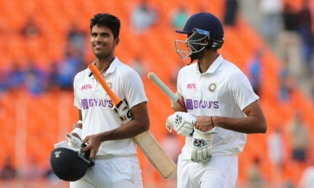 Sundar hits 96 not out as India make 365, take 160-run lead