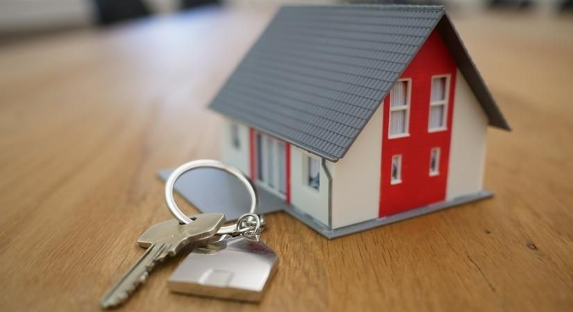 Housing sales rise 12% in Jan-March: PropTiger report