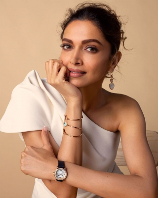 Deepika shares mental health helpline contacts to deal with crisis
