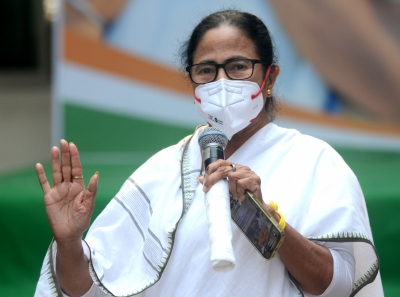 SC asks Bengal CM, Law Minister to move HC afresh in Narada scam