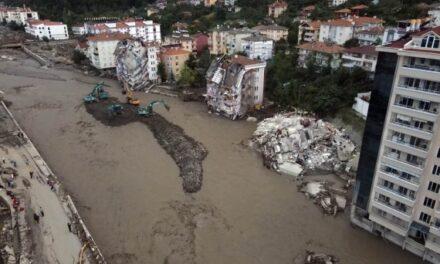 Death toll from floods in Turkey reaches 62, dozens still missing