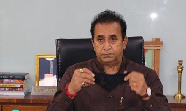 CBI nabs 'insider' for fake 'clean-chit' to Anil Deshmukh