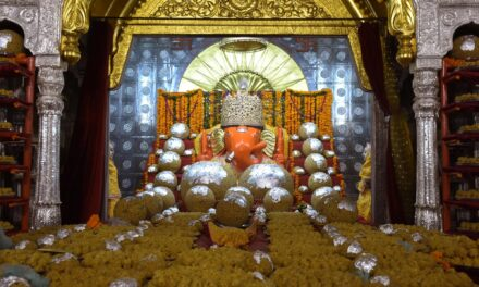 Hyderabad's famous Ganesh laddu fetches Rs 18.90 lakh