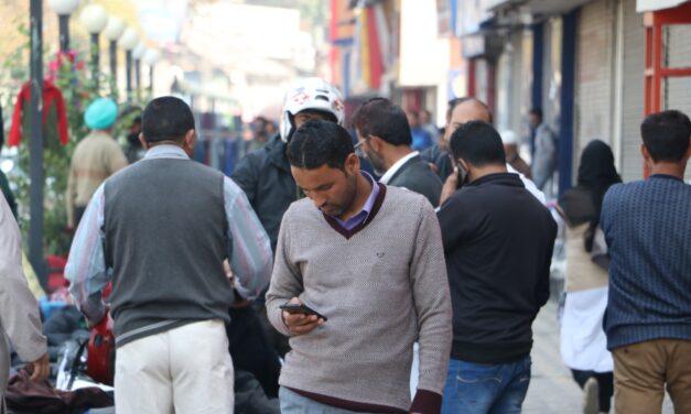Mobile phone service, broadband restored in Kashmir