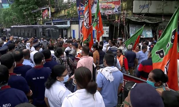 Bengal govt asks police, administration to stay alert after B'desh violence